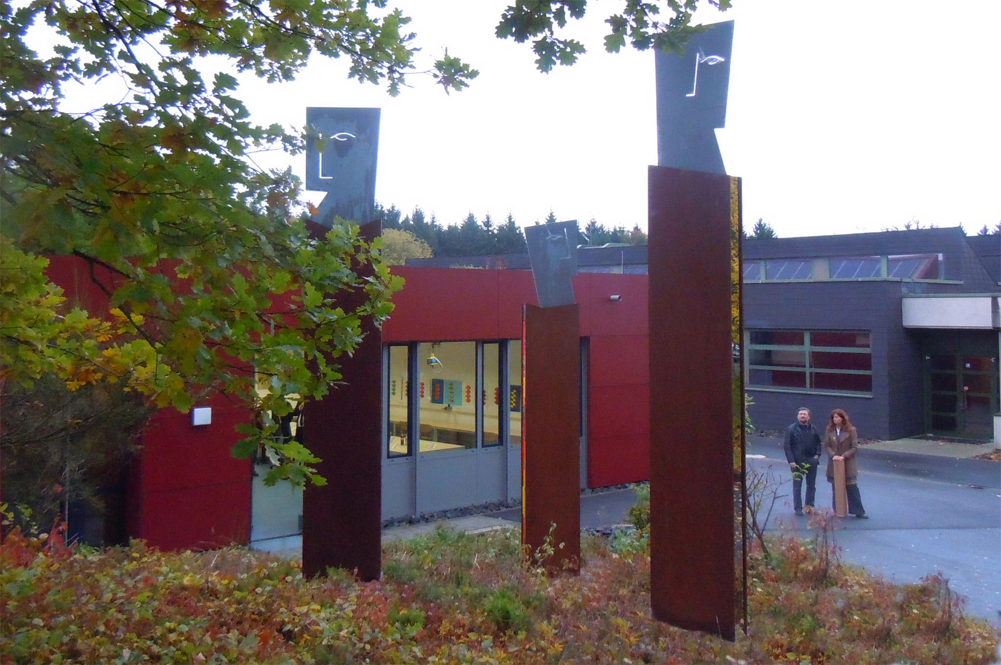 Drei s ulen des lernens kunst am bau tanja corbach for Raumgestaltung partizipation